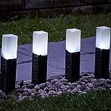 Juego de 4 luces solares de mimbre con postes para el jardín de Globrite, LED...